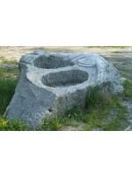 Fontana in Serizzo Antigorio a 2 Vasche con Iguana scolpita
