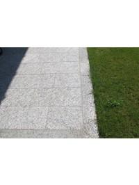 Pavimento sez cm 30x4 a correre in Serizzo Antigorio Anticato