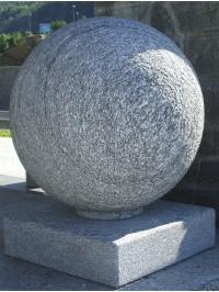 Sphère en Serizzo Antigorio Bouchardé